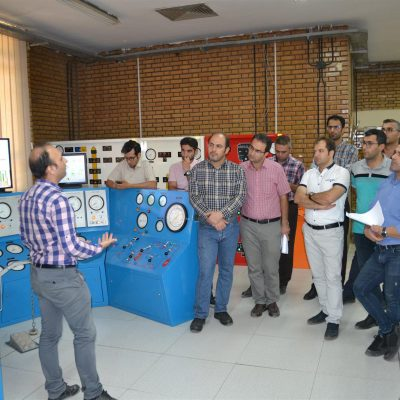 یرگزاری دوره کنترل فوران چاه نفت در دانشکده نفت اهواز